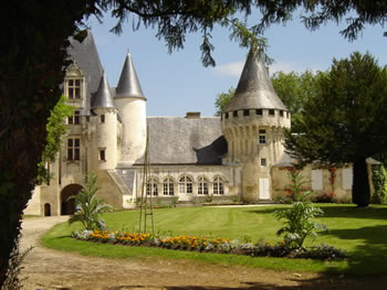 Chateau Javarzay in Chef-Boutonne